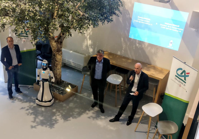 Leenby, une roboted'accueil pour les agences bancaires